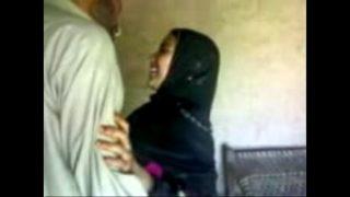Indian muslim girl fucking her bf