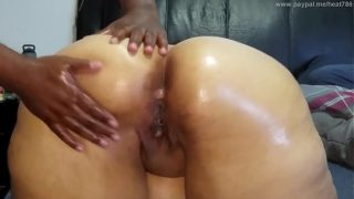 I love my butt hole played with        Dick 4 Hire