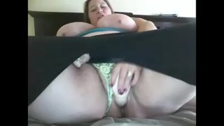 Large bbw amateur dildoing pussy with creampie