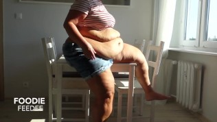 Bbw plays with belly in morning sunshine