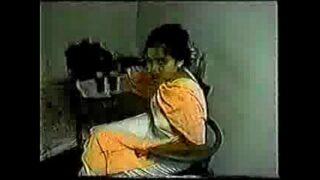 Bangladeshi tv news caster farhana scandal- rare video