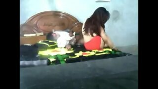 Desi bangla cute lovers having sex in home – To watch full vid. visit indiansxvideo.com
