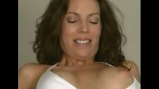Milf picked up on the beach and fucked at home